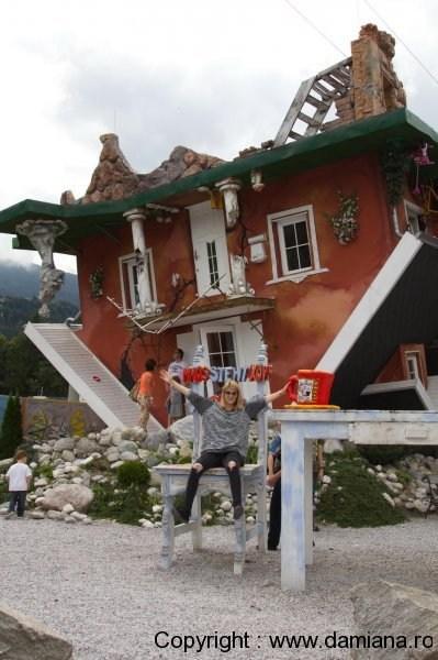 Haus-steht-Kopf-casa-cu-susul-in-jos-austria_damiana329
