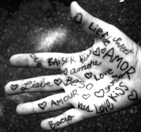 hand_of_love