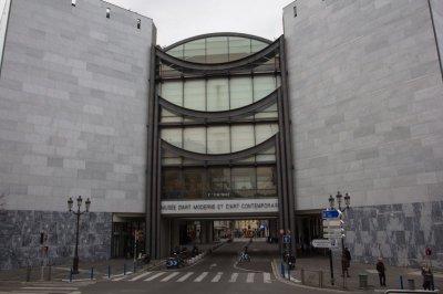 muzeul-de-arte-morderne-si-contemporane_nisa_1