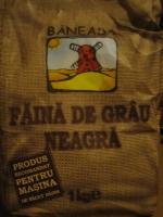 paine-facuta-acasa-02-faina_de_grau_neagra_baneasa_resize