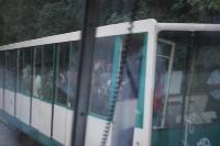 transport-public-in-praga-metro-bus-13
