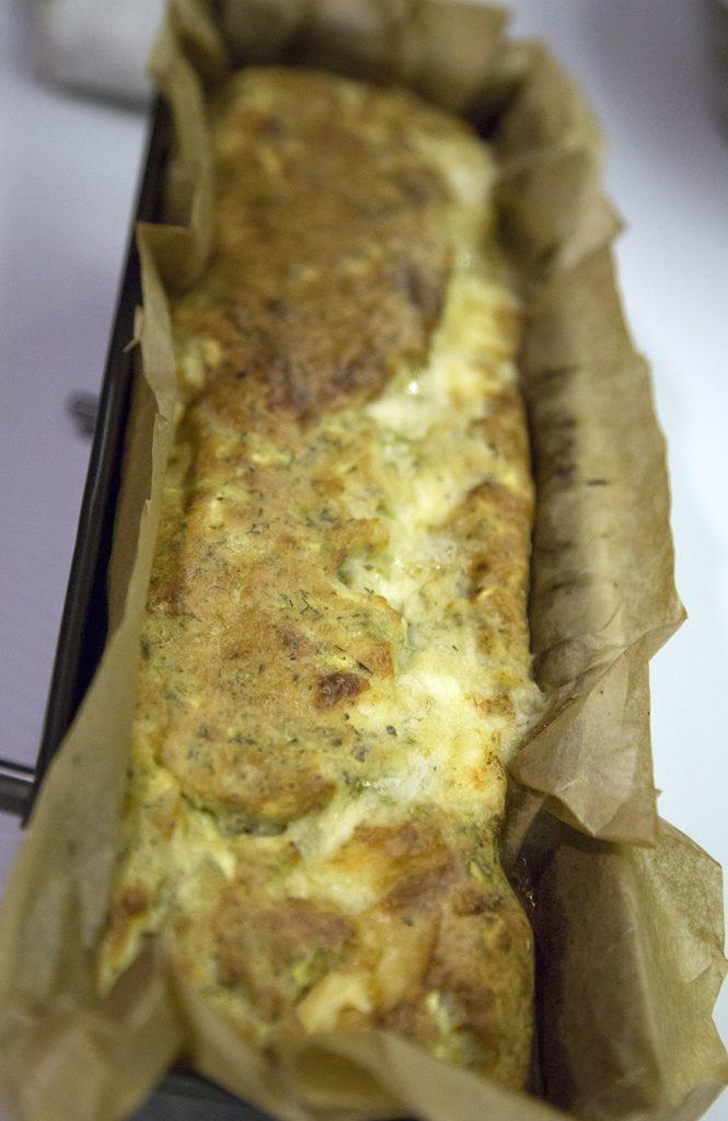 Chec aperitiv cu branza si dovlecel (4)