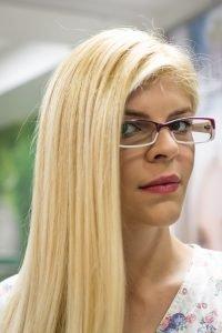 damiana-par-blond-vopseaua-de-par-Mastey-de-Paris-produs-organic-vegan-09
