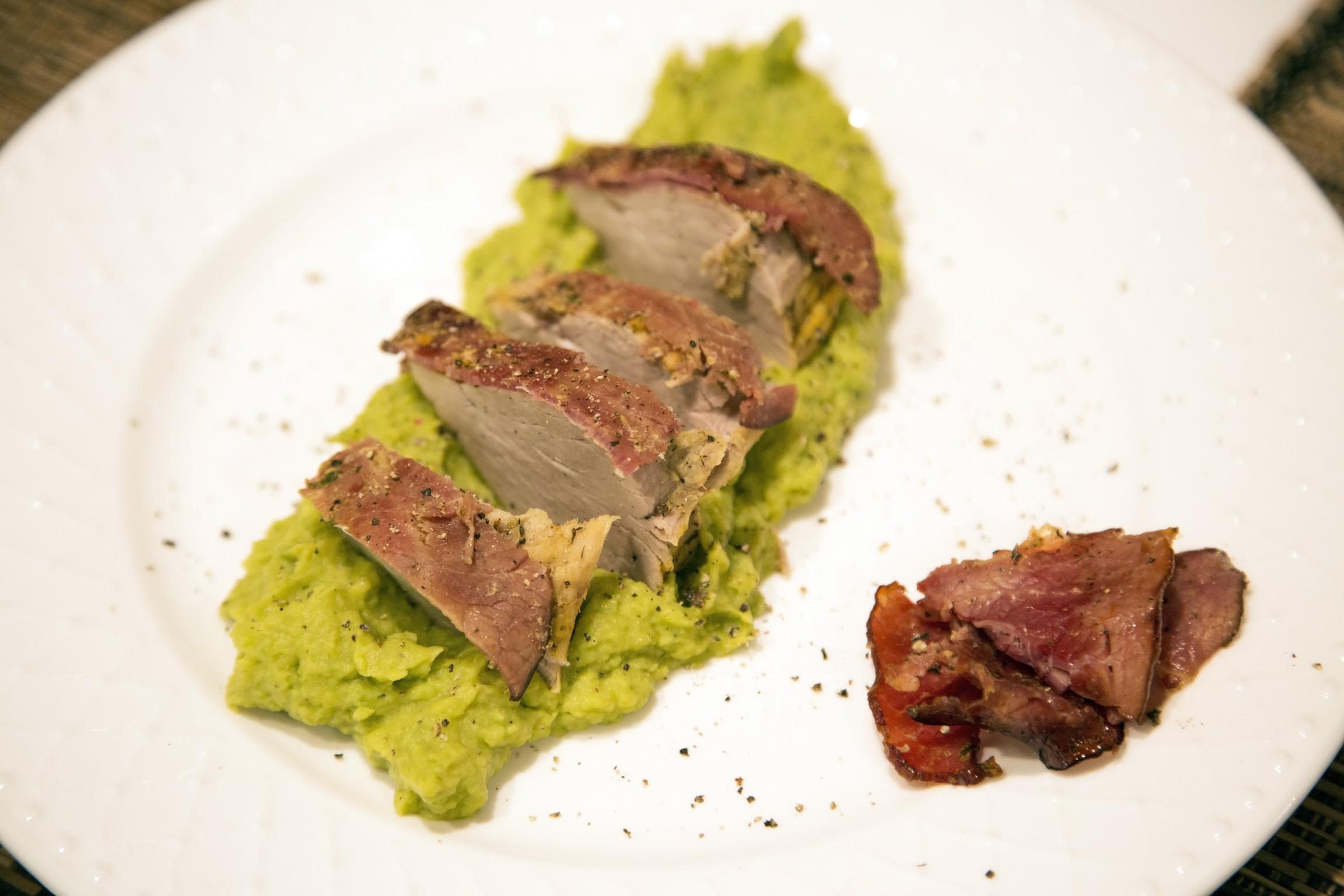 muschiulet de porc invelit in prosciutto de vita